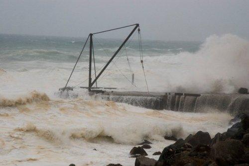 Cyclone waves on Norfolk Island