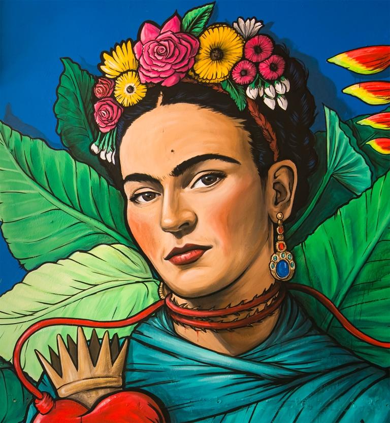 Frida Kahlo biografski dokumentarac koji sadrži arhivske snimke prvi put prikazan u Amsterdamu 1982 Frida naturaleza viva film redatelja Paula Le Duca iz 1984